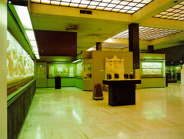 War museum of Athens - Room of the period of antiquity.